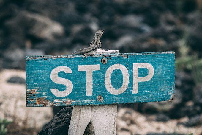 stop_signboard