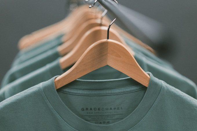 グリーンの衣類